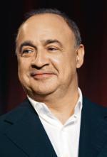 Len Bławatnik dysponuje majątkiem wynoszącym ponad 18 mld USD. Urodził się w Odessie, ale karierę biznesową rozpoczął w Nowym Jorku.